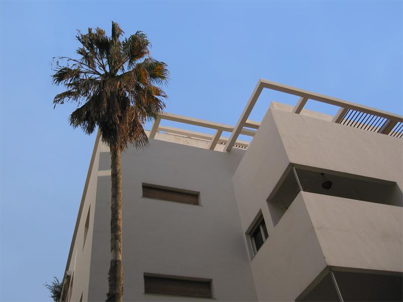 רחוב גורדון, תל אביב-יפו, 2008. User:Sambach Wikimedia Commons