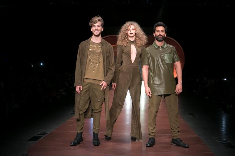 """תצוגת האופנה לסתיו חורף 2015-16 אופנת ״רנואר״.  צילום: יח""""צ"""