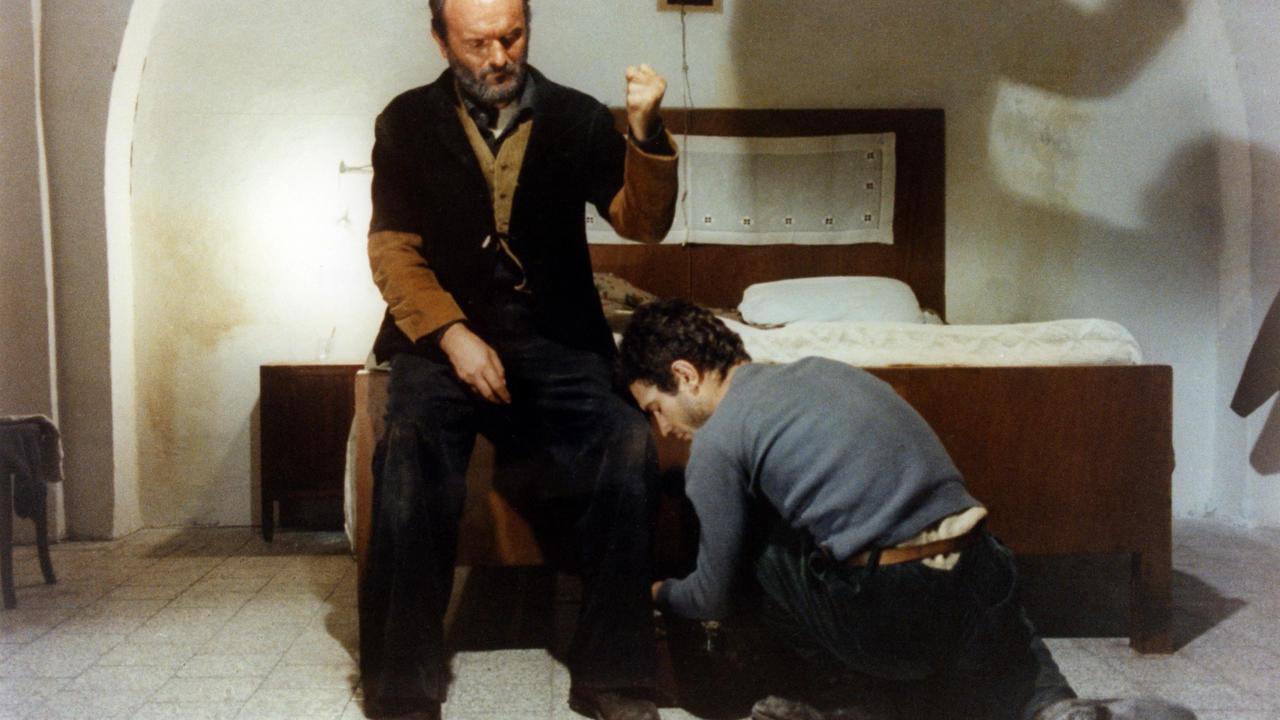 מתוך: פאדרה פאדרונה, 1977. במאים: האחים טוויאני.