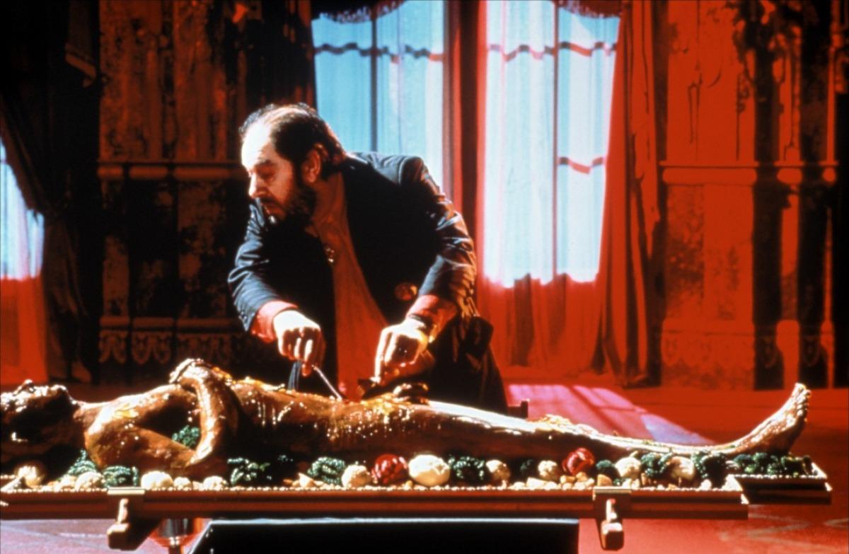 מתוך: הטבח , הגנב, אשתו והמאהב (1989) במאי: פיטר גרינאווי From: The Cook, the Thief, His Wife & Her Lover (1989). Director: Peter Greenaway